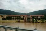Lũ chồng lũ, nhiều trường học ở Quảng Bình lại bị nhấn chìm