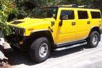 Tạm giữ siêu xe Hummer H2 có giá khoảng 4 tỉ nghi nhập lậu chưa rõ chủ