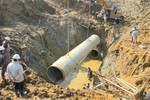 Lại vỡ đường ống dẫn nước Sông Đà của Vinaconex