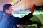 Lại bắt quả tang người TQ trộm đồ trên máy bay Vietnam Airlines