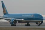 Máy bay Vietnam Airlines liên tục hạ cánh khẩn cấp vì hành khách ngất