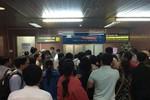 Đi Thanh Hóa, khách được Vietnam Airlines cho xuống sân bay... Nội Bài