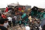 Thanh Hóa: Tai nạn thảm khốc, ít nhất 8 người chết, nhiều người bị thương