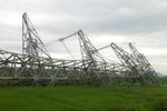 Tố lốc làm đổ cột đường dây 500 kV, vườn chuối không sao là không chấp nhận được