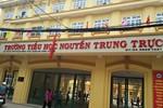 Trong trường Nguyễn Trung Trực có phòng khám lạ, tự nhận chữa bách bệnh