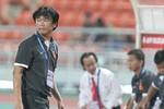 Cả nền bóng đá Việt bói không ra một ông thầy?