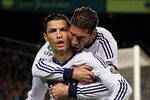 Alex Ferguson chặn đường Ronaldo trở lại M.U