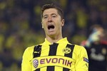 Mourinho trả thù Dortmund bằng cách… mua Lewandowski