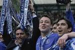 Mourinho chính thức trở lại Chelsea, nhận lương 10 triệu bảng/năm