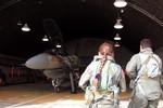 """Kẻ trộm """"chôm"""" động cơ máy bay F-16 Israel bán phế liệu"""