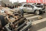 SCMP: Quan chức Trung Quốc thuê côn đồ đập xe dân