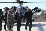 Thủ tướng Hàn Quốc thăm đảo tiền tiêu úy lạo tinh thần binh sỹ