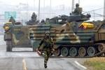 """Dân Hàn Quốc vẫn bình thản trước đe dọa """"sấm sét"""" của Triều Tiên"""