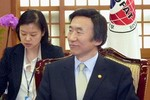 """Ngoại trưởng Hàn Quốc: Trung Quốc trừng phạt Triều Tiên """"khá tốt"""""""