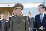 """Đặc sứ Triều Tiên đi Bắc Kinh để """"vá lại"""" quan hệ với Trung Quốc"""
