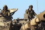 Israel điều xe tăng, binh sĩ tiến sát biên giới Syria