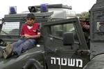 Liên Hợp Quốc: Israel lạm dụng trẻ em Palestine làm lá chắn sống