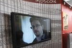 Mỹ vận động hành lang châu Âu ngăn Snowden chạy thoát