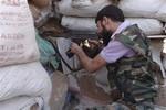 Mỹ bắt đầu cung cấp vũ khí cho quân nổi dậy Syria