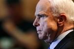 John McCain chỉ trích gay gắt Putin trên báo chí Nga