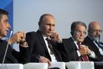 Putin: Không chắc chắn 100% Assad sẽ tuân thủ thỏa thuận