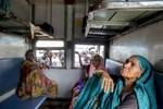 Ấn Độ lập các dịch vụ chỉ dành riêng cho phụ nữ để chống nạn hiếp dâm