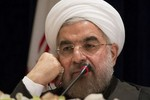 Iran đồng ý gửi nhiên liệu hạt nhân đổi lấy nới lỏng lệnh trừng phạt