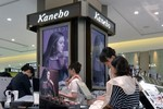Mỹ phẩm làm trắng Kanebo gây rối loạn sắc tố da