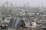 Người Philippines động viên Việt Nam trước giờ bão Haiyan đổ bộ