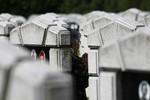 Lợi nhuận khổng lồ từ kinh doanh nghĩa trang