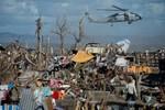 Máy bay Philippines rơi xuống biển trên đường đi cứu trợ