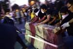 Biểu tình Thái Lan bùng phát thành bạo lực, ít nhất 1 người thiệt mạng