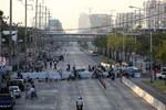 """Người biểu tình Thái Lan """"đóng cửa"""" Bangkok"""