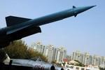 Trung Quốc ra mắt lửa đạn đạo cảnh báo Mỹ tránh xa tranh chấp Hoa Đông