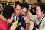 Hàn Quốc kêu gọi Triều Tiên tổ chức đoàn tụ, nhưng không hủy tập trận