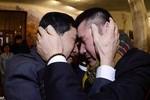 Ảnh: Cuộc hội ngộ xúc động của người dân hai miền Triều Tiên
