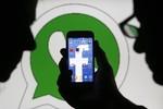 WhatsApp mang lại lợi nhuận thế nào cho Facebook?