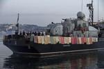 Chiến hạm Ucraine phơi chăn đề phòng bị cướp tàu