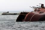 """""""Nga tự đánh đắm tàu chặn đường thoát của chiến hạm Ukraine"""""""