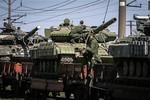 Ukraine tố Nga rút quân chỗ này, tập kết chỗ khác