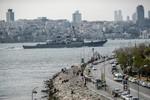 """Video: Tàu USS Donald Cook vào Biển Đen khiến Nga """"sửng sốt"""""""