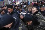 Ukraine bắt 18 người tình nghi là tình báo Nga tại miền Đông