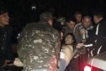 Bộ Nội vụ Ukraine: 300 người tấn công căn cứ quân sự ở  Donetsk