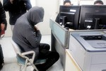 """Chìm phà Hàn Quốc: Thuyền trưởng  """"bỏ phà chạy lấy người"""""""