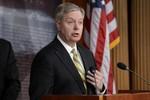 Thượng nghị sĩ Mỹ: Trừng phạt chỉ làm kinh tế Nga mạnh hơn