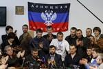Lực lượng ly khai bỏ qua kêu gọi của Putin, tiếp tục trưng cầu dân ý