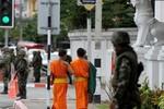 Thái Lan yêu cầu 5 nhà sư hoàn tục vì lạm dụng 8 bé trai