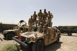 Phiến quân tiến về Baghdad như vũ bão, Obama cam kết dẹp chiến binh