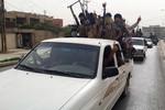 """""""Fan hâm mộ khủng bố ISIS"""" đe dọa trả đũa nếu Mỹ không kích tại Iraq"""