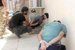 Quân chính phủ Iraq bị nhóm khủng bố ISIS đánh bật khỏi Tikrit